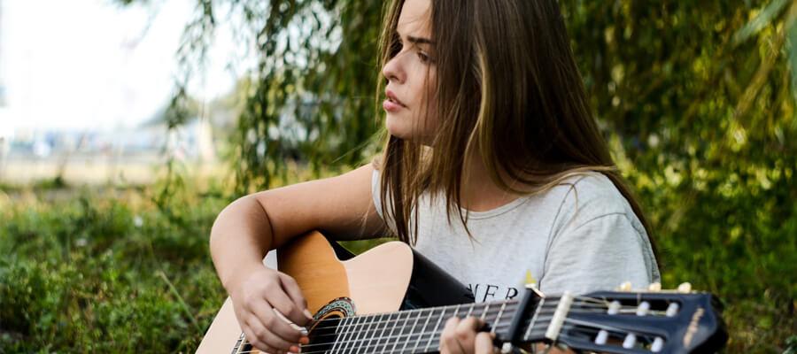 Ausgewahltes Bild Top Musik Marketingstrategien fur Musiker Musik Influencer - Top Musik-Marketingstrategien für Musiker